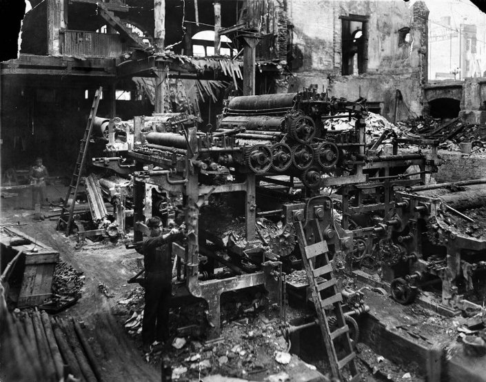 LA Times Burned-Out Pressroom: Los Angeles Times